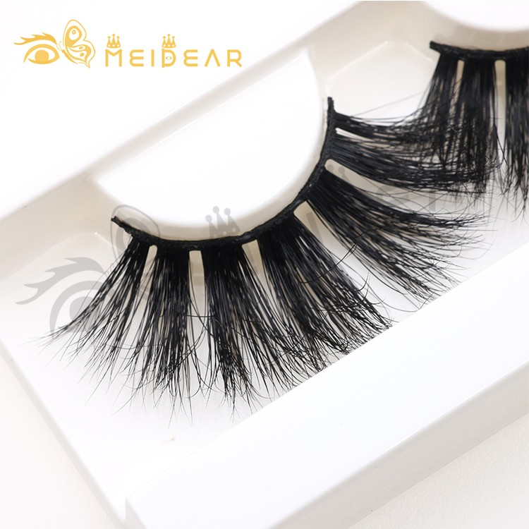 wispy-25mm-27mm-3d-mink-false-eyelashes-with-private-label-to-UK.jpg