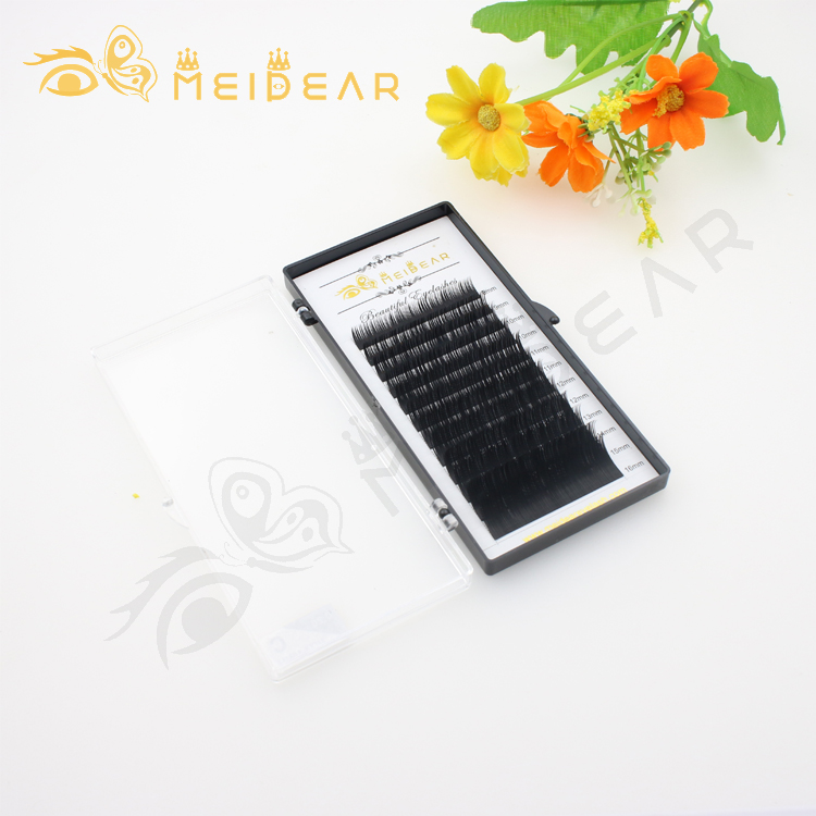 12.1.1-Eyelash-factory-wholesale-single-length-tray-silk-lash-extension-with-prive-label-to-UK.jpg
