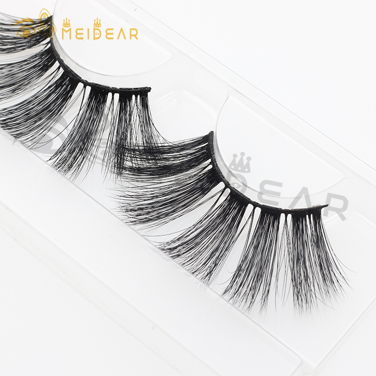 Wholesale dramatic 25mm 3d mink lashes with private label packaging UK