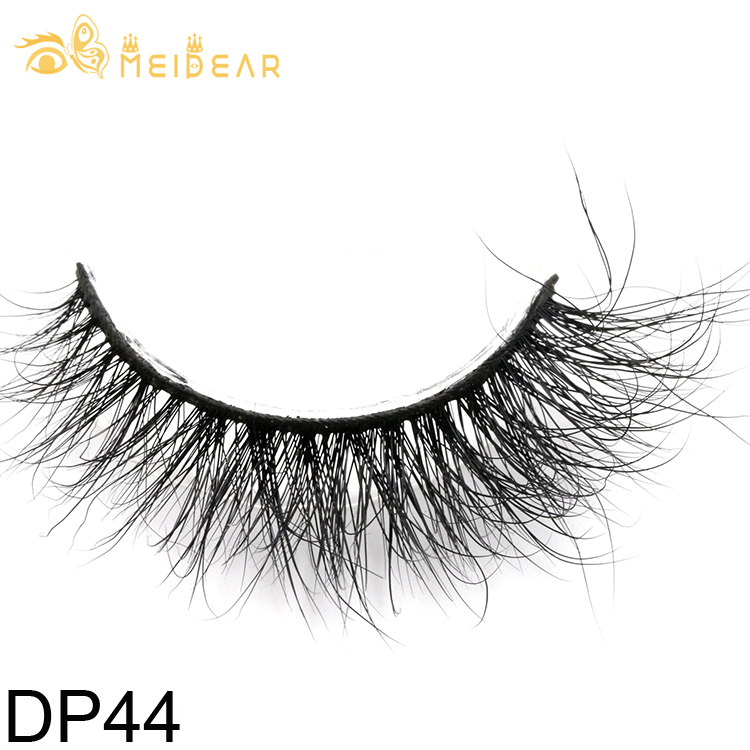 Eyelashes manufacturers supply glamorous and natural 3D mink lashes with private label packages