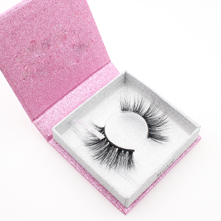Vendors supply 25mm long 3D mink eyelashes with custom box in China